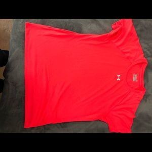 Women's UA locker tshirt